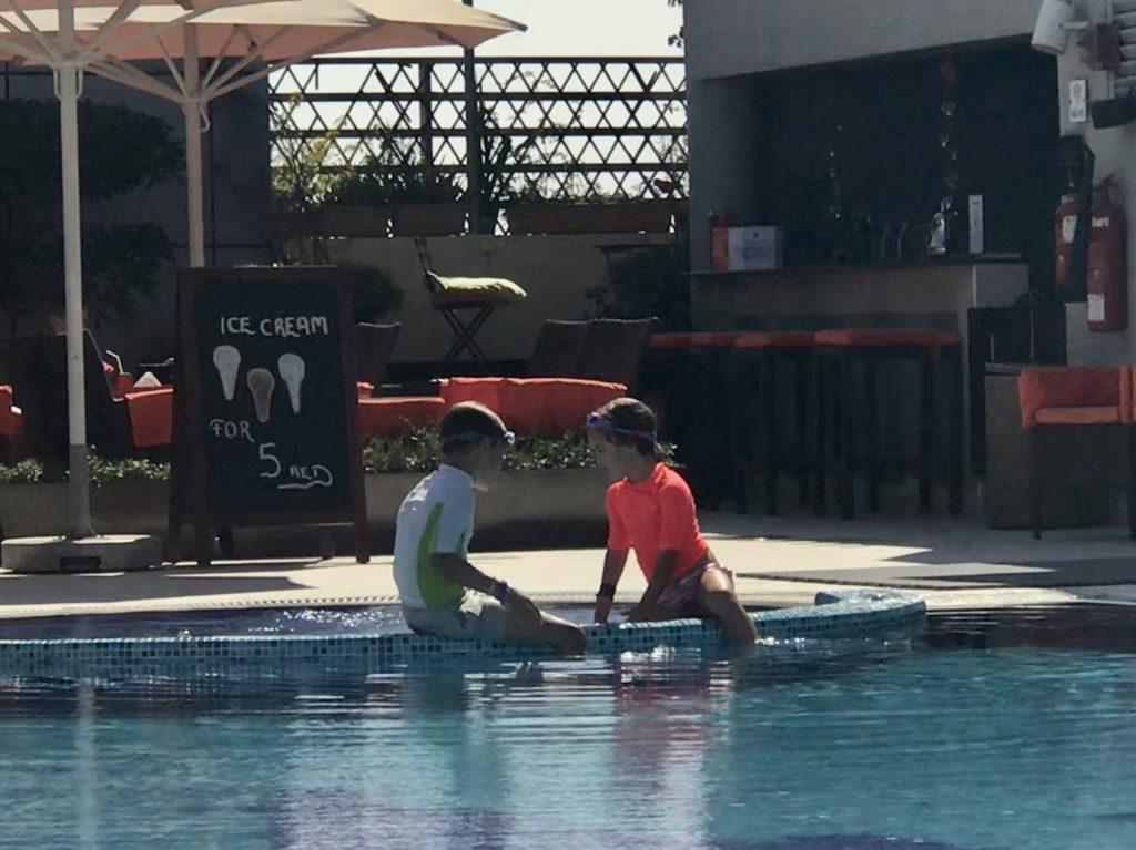 Kyan Nomi zwembad Abidos hotel