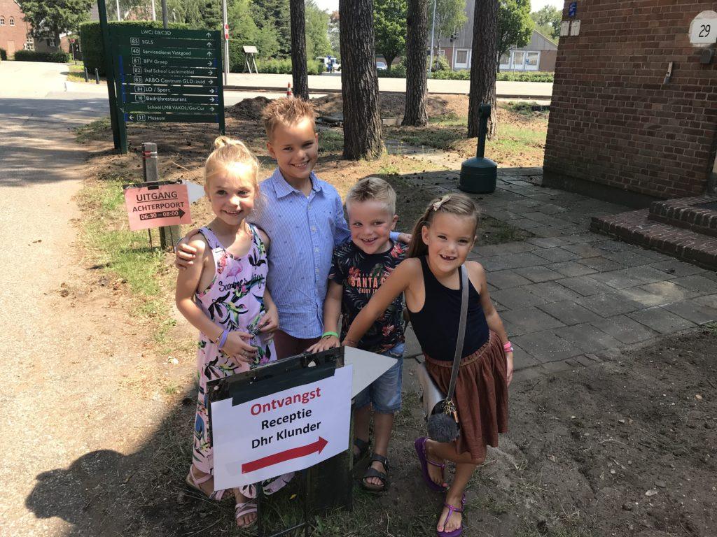 Kleinkinderen afscheid opa pensioen Kyan Nomi Roos Sjors