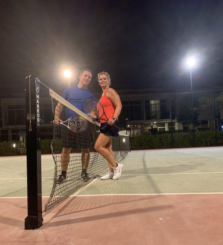 Afsluiter van twee weken met zijn 3en een potje tennis spelen