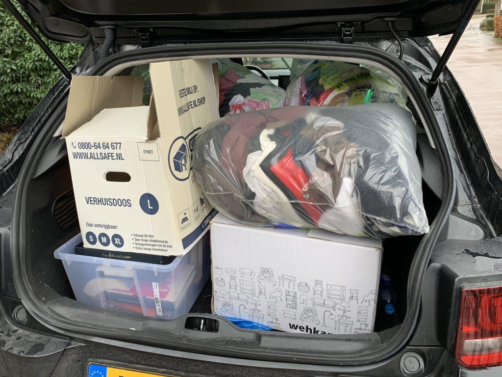 Verhuizen naar dubai betekent veel rommel weggooien of opslaan